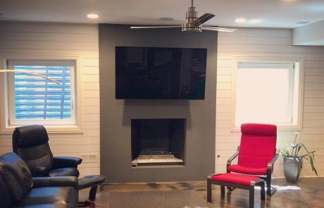 tv wall mounting services from Etronics of Illinois